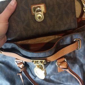 Michael Kors Bags - Michael Kors Hamilton Traveler's Satchel w/Wallet
